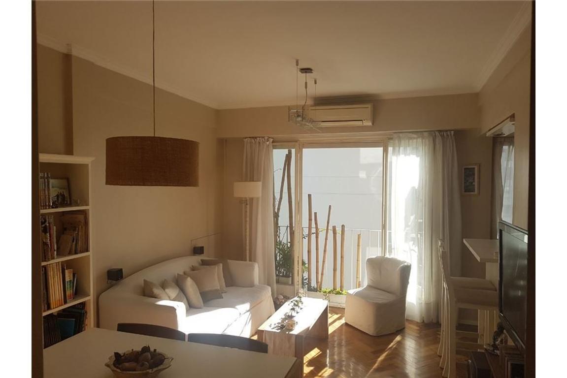 Impecable 3 ambientes y 1/2 todo sol !!!
