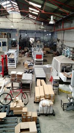 Galpón de 900 m2 cubiertos con Oficinas en Zona Industrial Avellaneda, Piñeiro