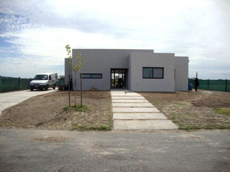 Casa en El Cantón Barrio Islas