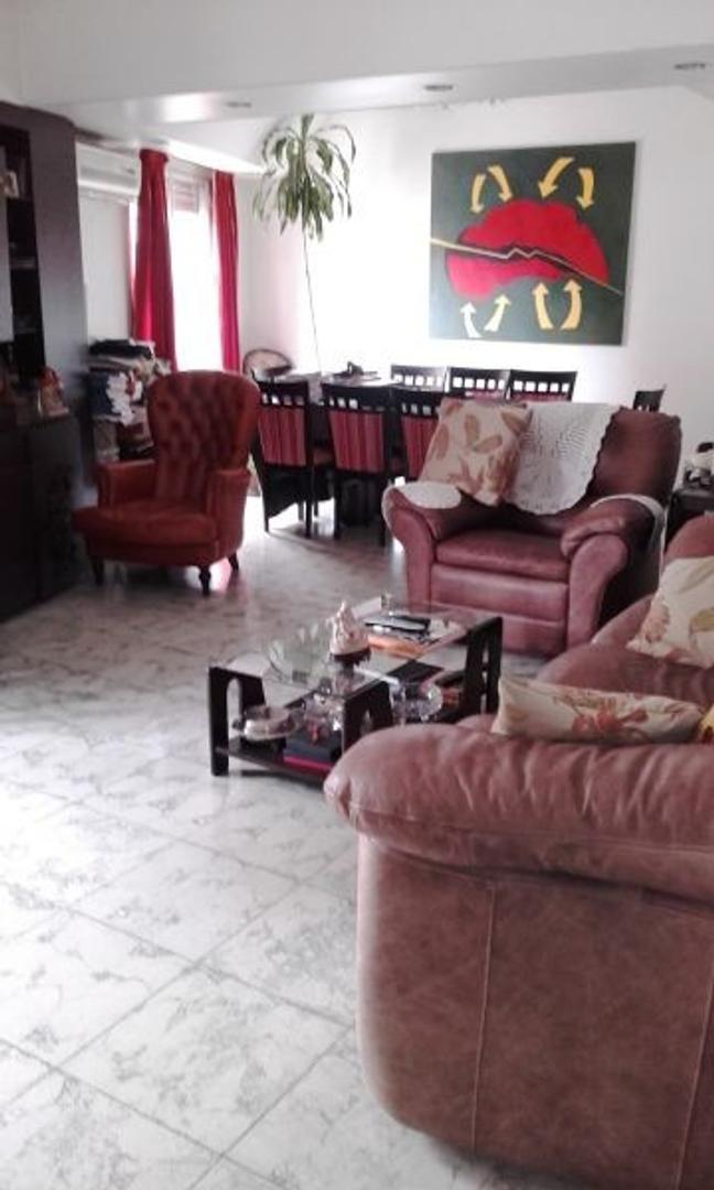 Casa - Venta - Argentina, Capital Federal - Juan B. Justo  5670