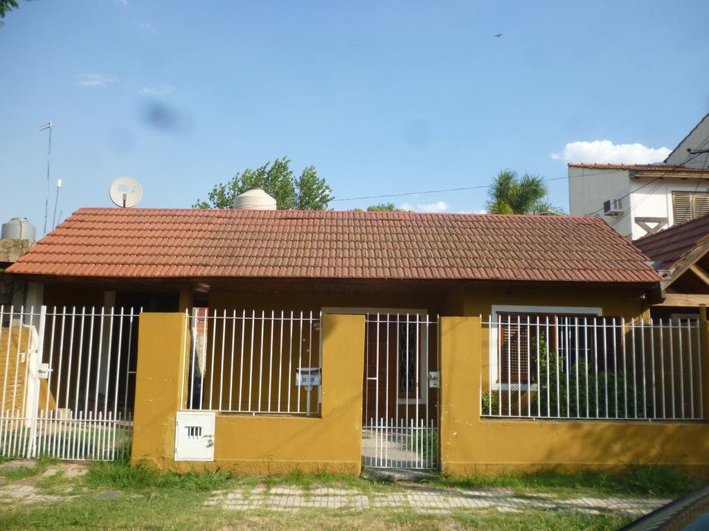 Casa en alquiler en portugal 1675 e florida y bs as adrogue argenprop - Alquiler de casas en portugal ...