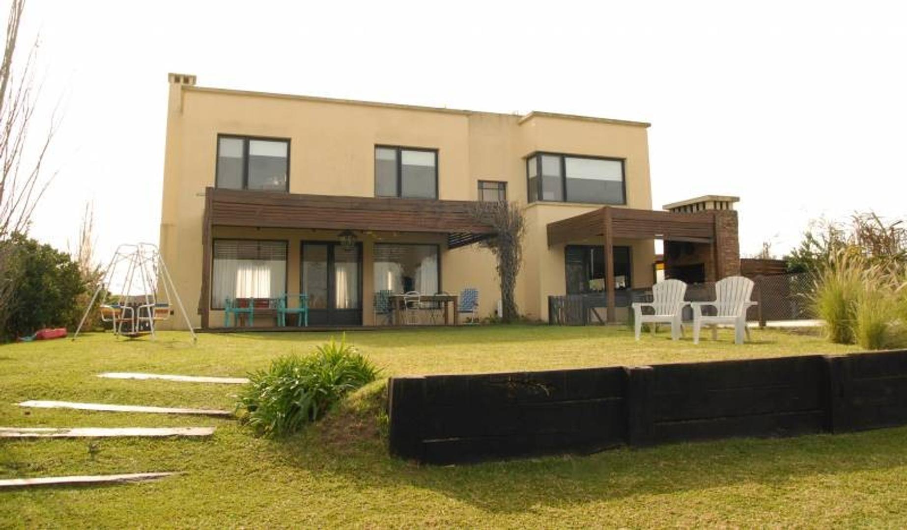 Casa en venta al lago en San Agustìn