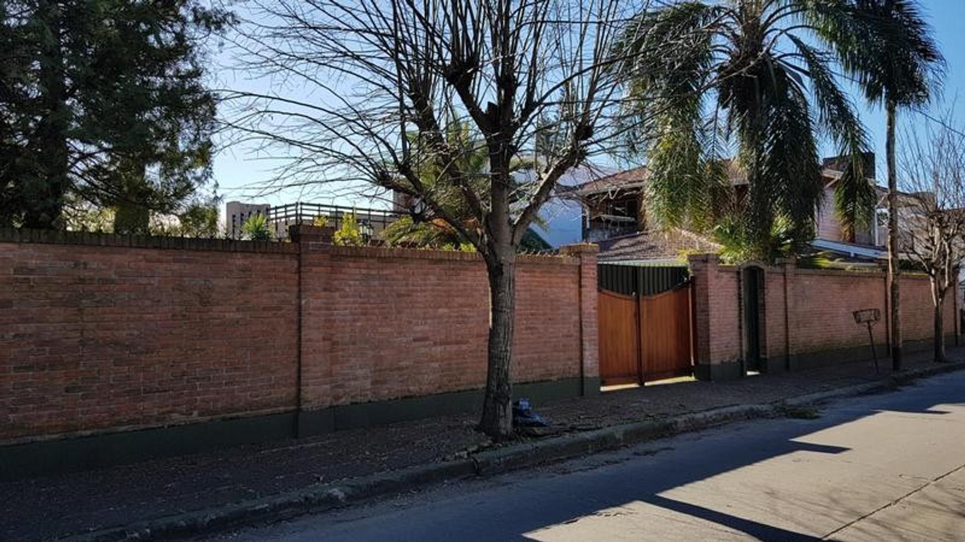 Casa de cuatro dormitorios en Adrogue - Foto 22