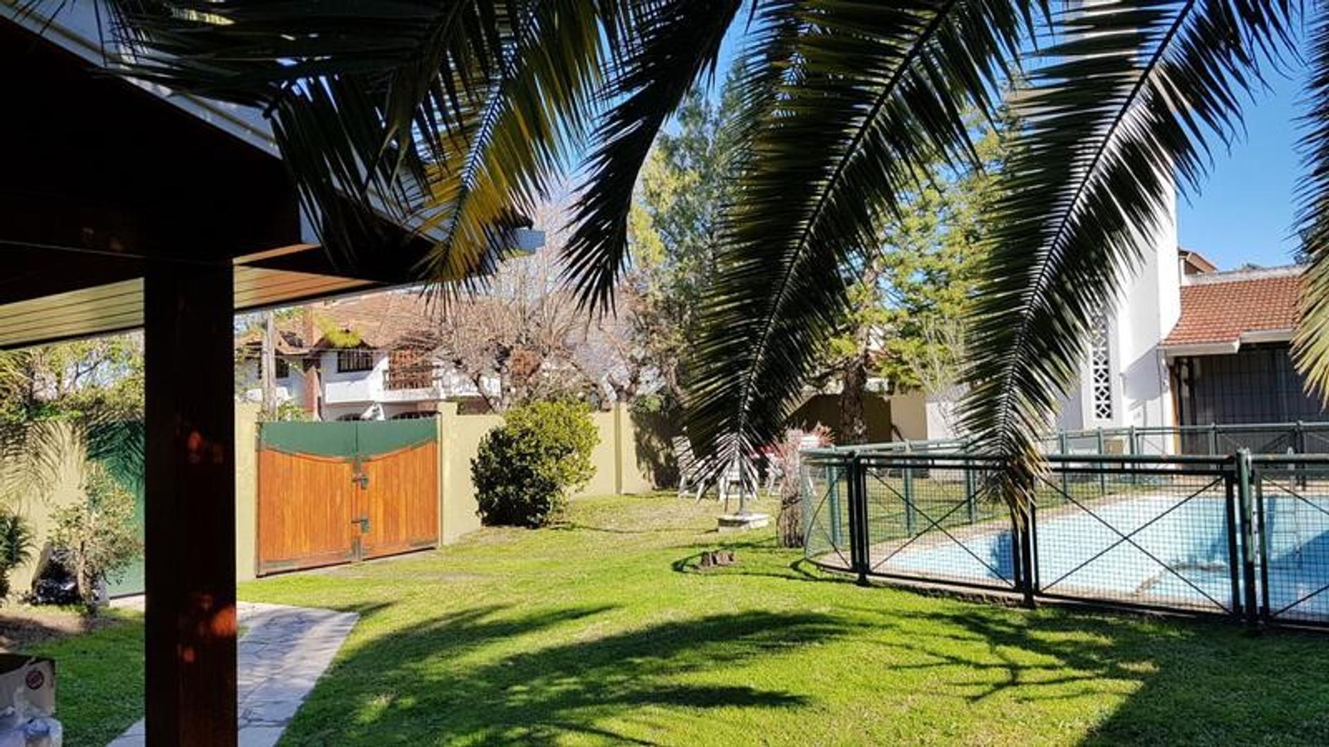 Casa de cuatro dormitorios en Adrogue - Foto 27