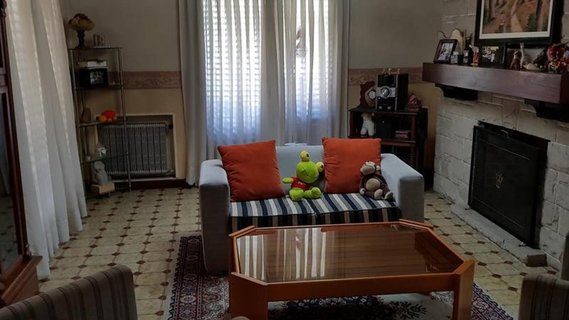 Casa de cuatro dormitorios en Adrogue - Foto 14