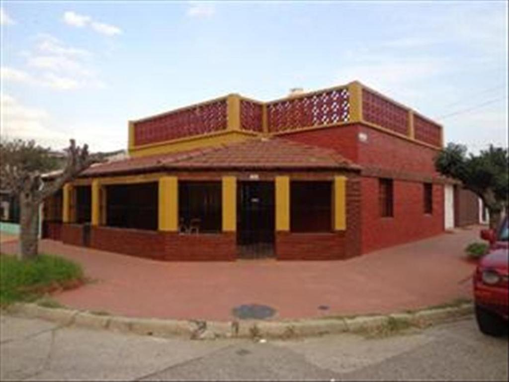 Casa en Venta de 4 ambientes en Buenos Aires, Pdo. de La Matanza, Isidro Casanova