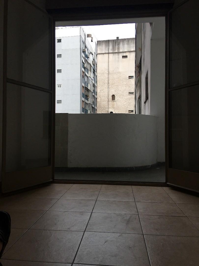 1 ambiente c/ balcon - Plaza Guadalupe - Palermo