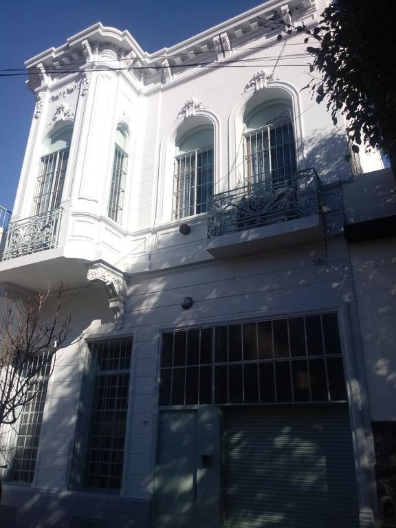 VENTA - DEPOSITO CON OFICINAS C/SANITARIOS -LOTE PROPIO - BOEDO