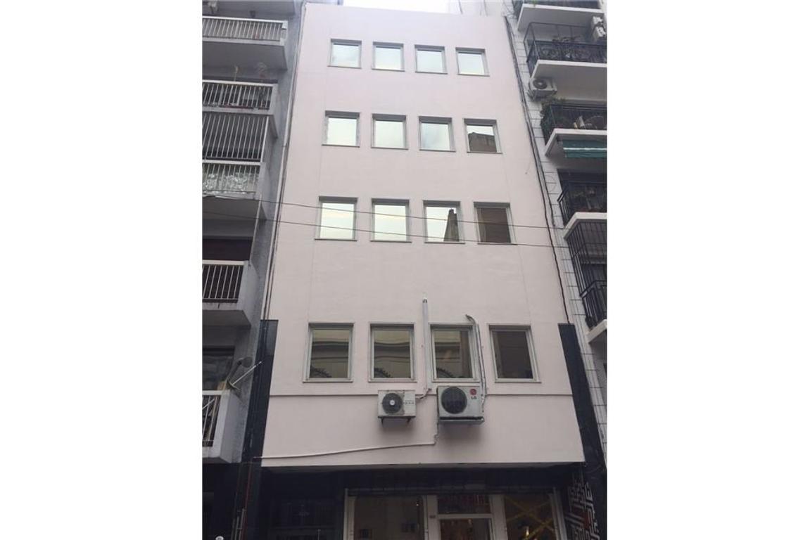 Oficina 130 m2 con terraza! Retiro