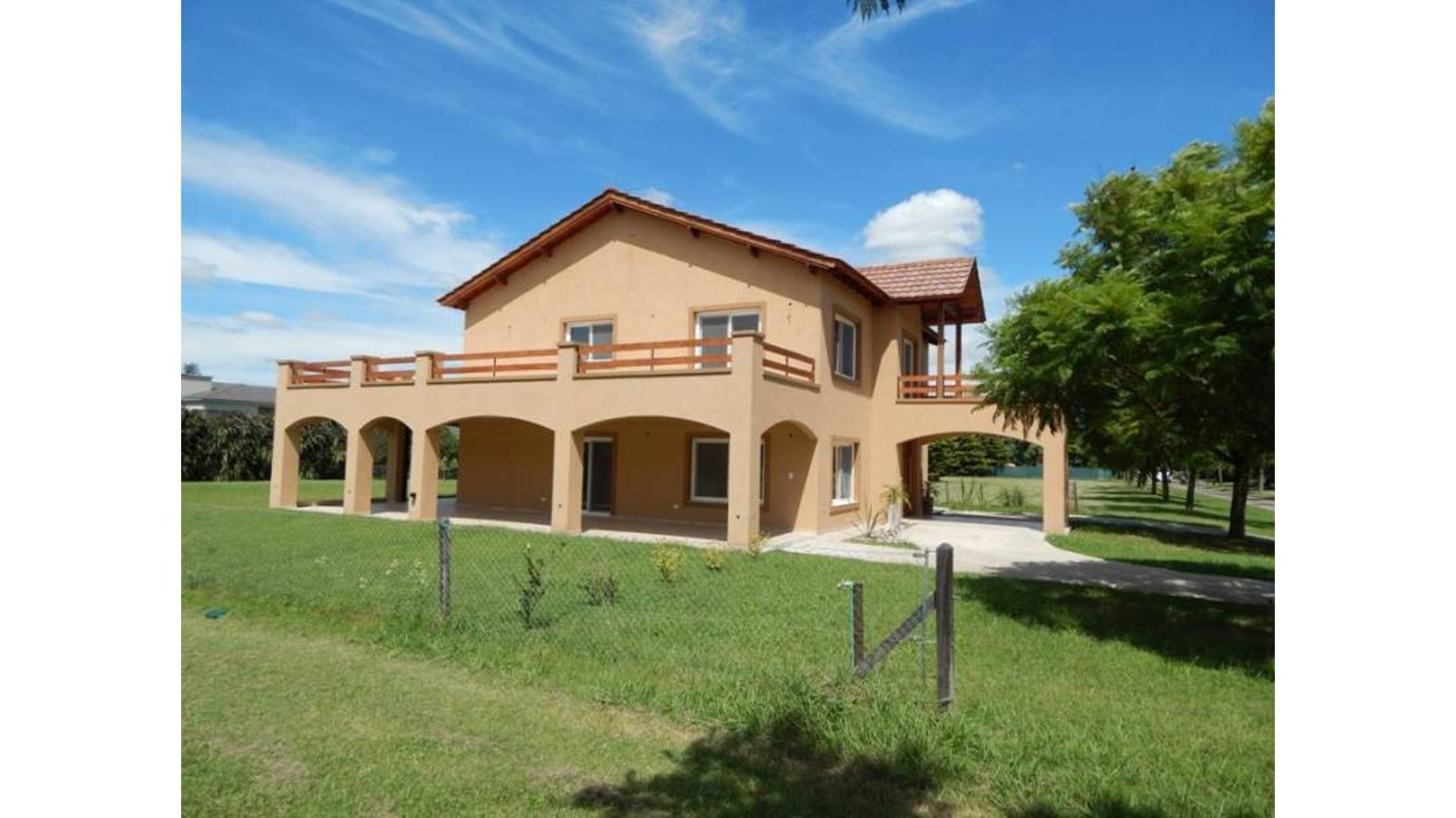CASA EN BARRIO CERRADO KENTUCKY CLUB DE CAMPO A ESTRENAR EXCELENTE UBICACION AMPLIO JARDIN