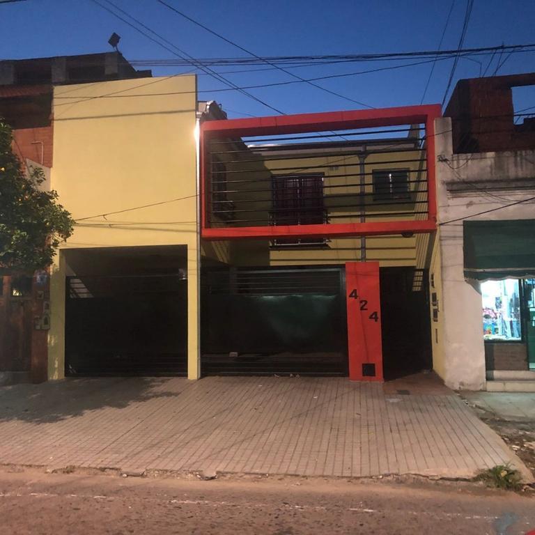 Departamento tipo casa en Alquiler en Buenos Aires, Pdo. de Avellaneda, Villa Dominico