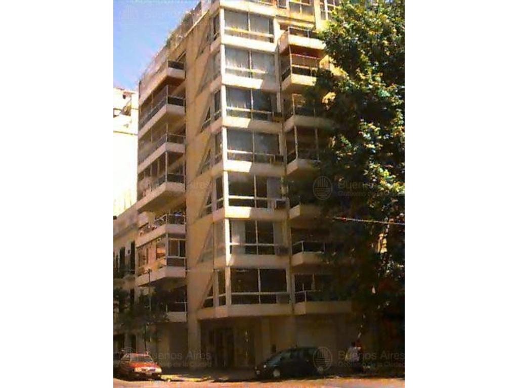VENTA 4 AMBIENTES C/DEP. Y COCHERA, DEPTO. DE CATEGORÍA, PALERMO.