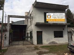 Excelente galpón en zona industrial de San Fernando