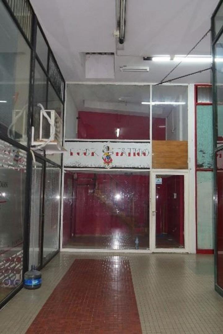 Local comercial o para ofic en pleno centro de San Isidro