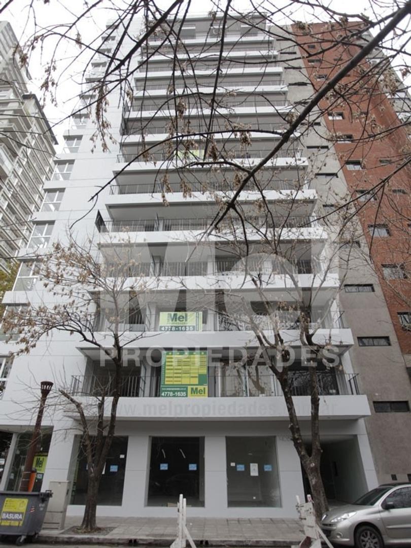 Amplio 2 ambientes en zona de Nuñez a metros de Libertador luz y sol laundry jacuzzi pocos años