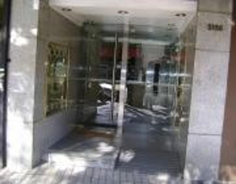 EXCELENTE SEMIPISO EN EL CORAZÓN DE CABALLITO CON COCHERA