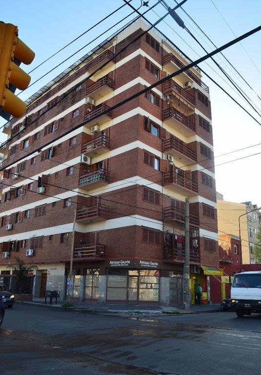 Cómodo departamento 3 ambientes con balcón al frente en Ramos Mejía Sur