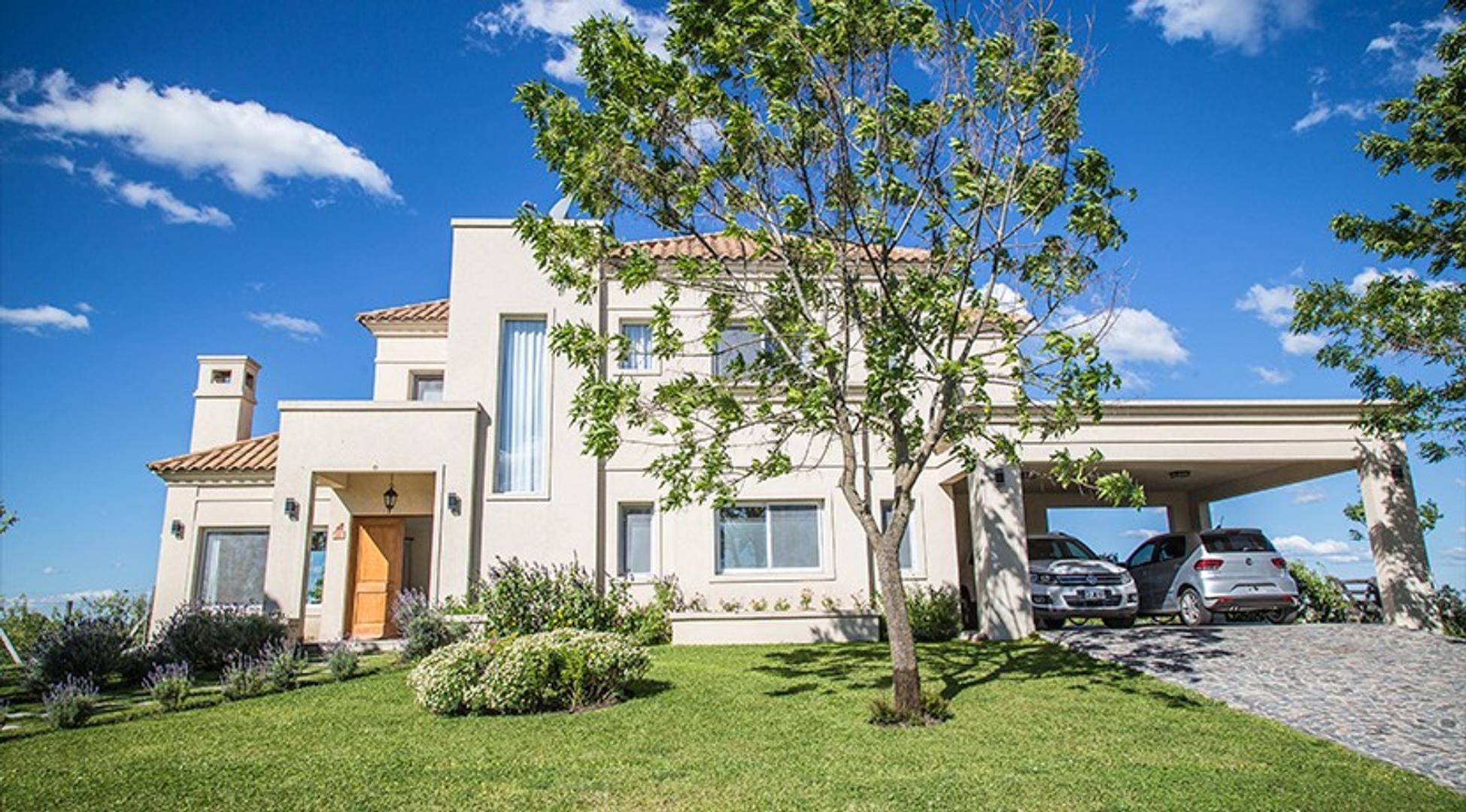 CASA en Venta 5 Amb en La Reserva Cardales / Resort Country Club + Luxury Hotel