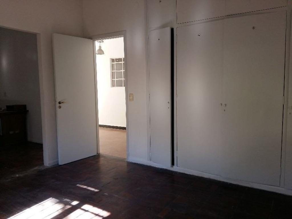 Casa en Alquiler en Pje Martires Palotinos 3900 - Belgrano R