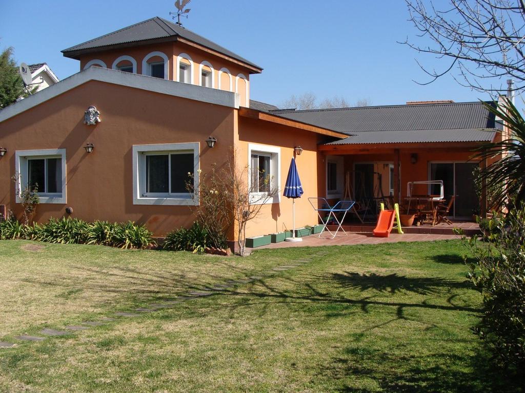 Hermosa casa en alquiler barrio privado Green Park.