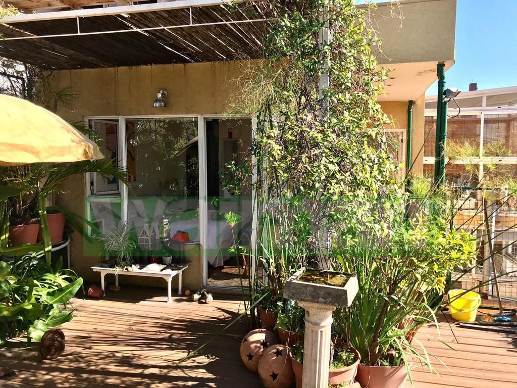 Hermoso PH de 5 ambientes en pleno Palermo Hollywood con soleada terraza