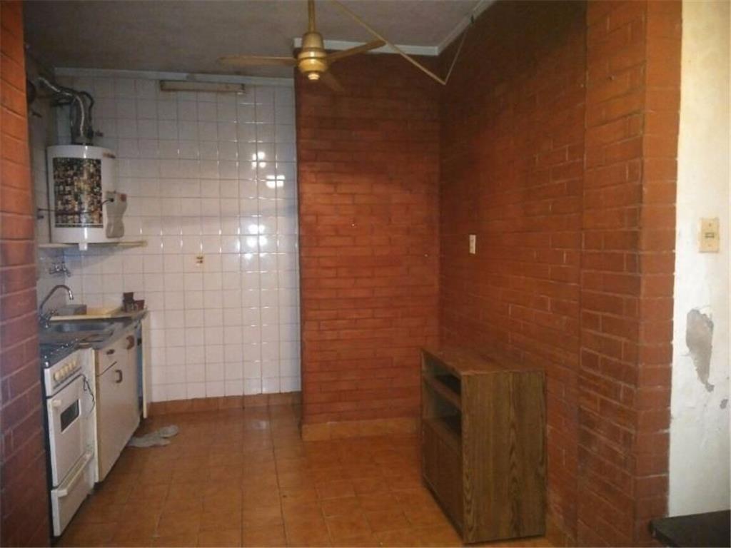 Florida M 2 ambientes tipo casa , sin expensas $ 6.500
