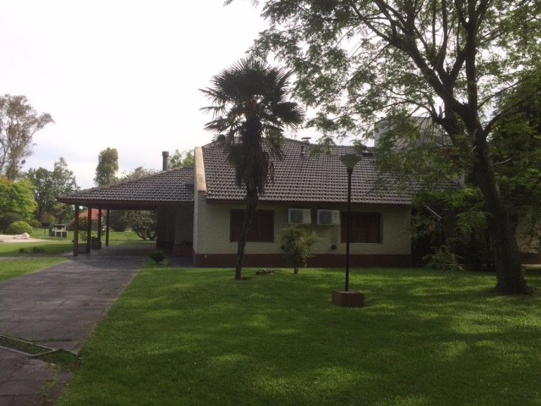 Casa en Venta en Guernica - 6 ambientes