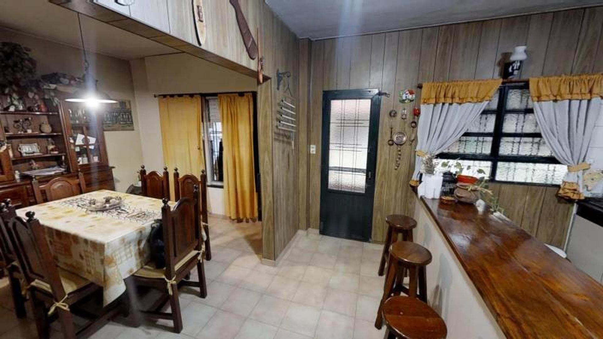 Casa de 7 ambientes de 373m2