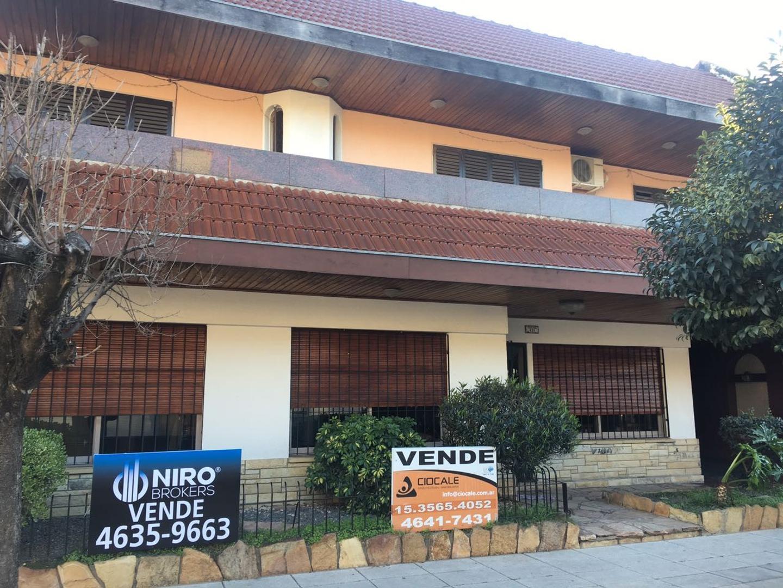 XINTEL(NIR-NIR-647) Casa - Venta - Argentina, Capital Federal - FONROUGE  AL 400