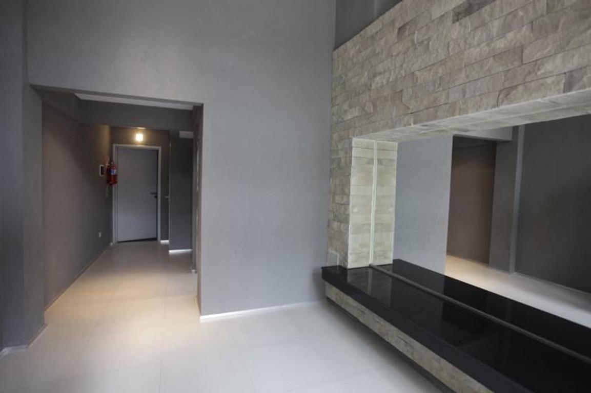 BELGRANO 1 ambiente  DIVISIBLE al frente con balcón amenities , apto profesional.