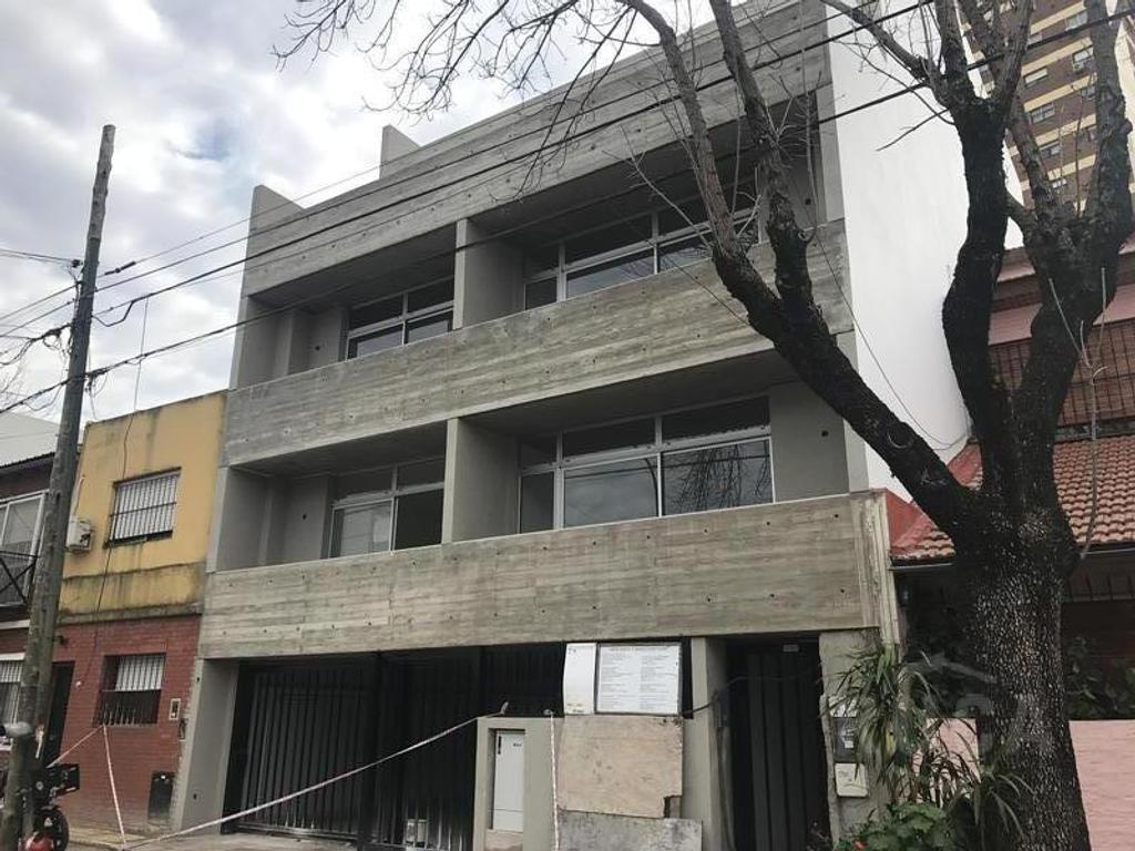 Ruca Inmuebles   2 amb c/vestidor y terraza a estrenar   Saavedra   Besares 3700