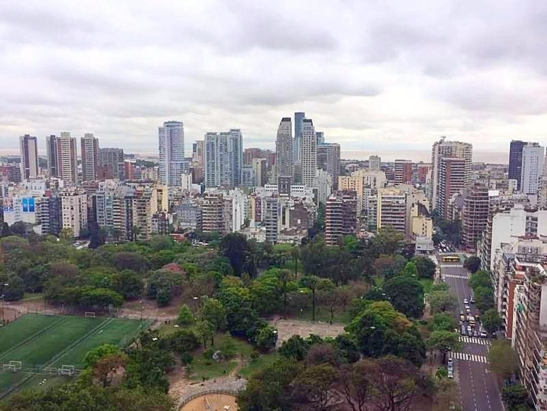 VENTA  - ESPECTACULAR PENTHOUSE - 5 AMBIENTES CON DEPENDENCIA, 2 COCHERAS Y BAULERA - PALERMO CHICO