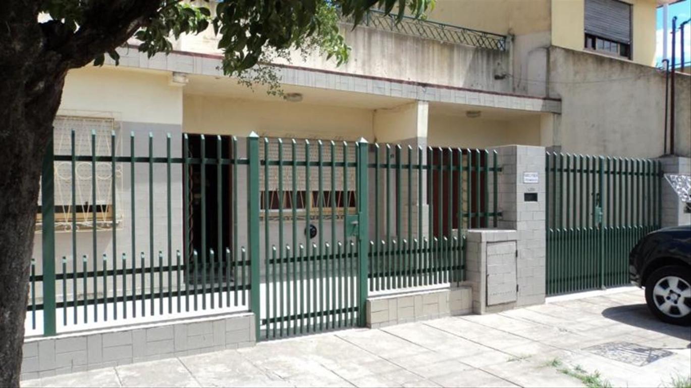 Casa en Venta de 4 ambientes en Buenos Aires, Pdo. de La Matanza, San Justo, Villa Constructora