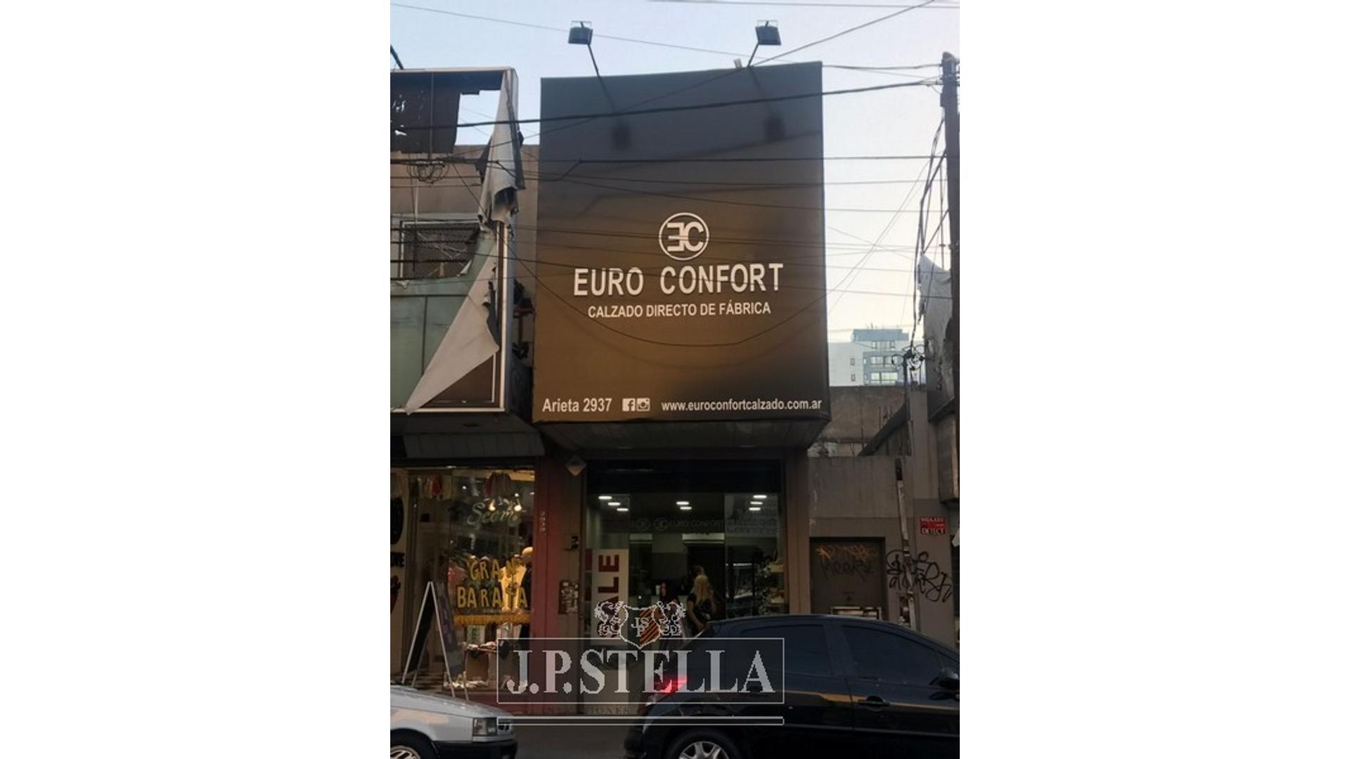 Excelente Local Comercial sobre Arieta a 50 mts de la Plaza San Justo - S.Justo (Ctro)