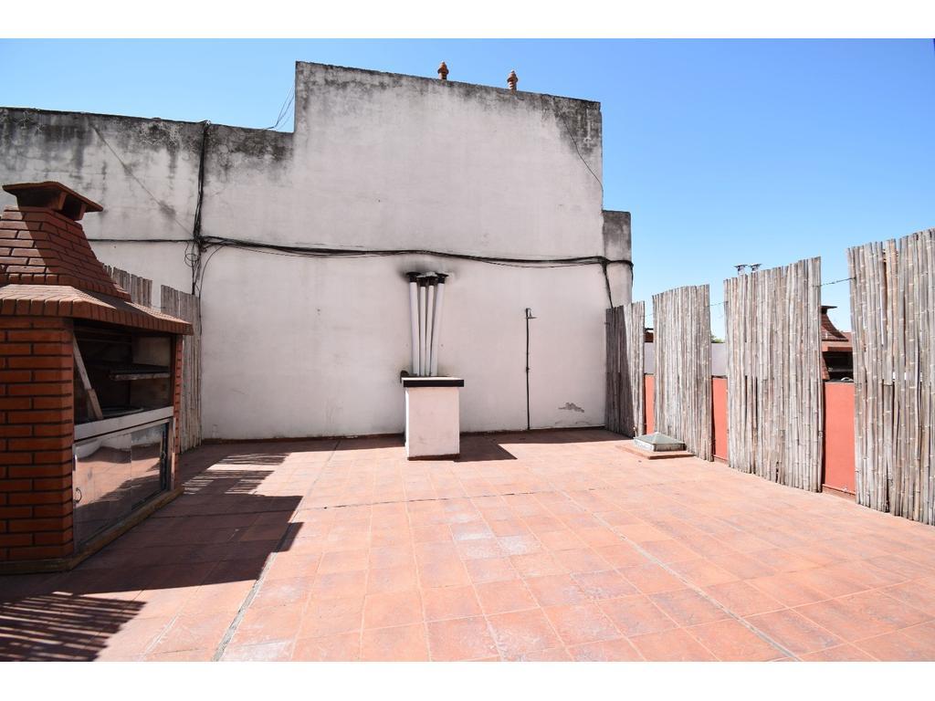 PATERNAL VENTA P.H 1 por escalera  2 ambientes con terraza  PROPIA, APTO CRÉDITO