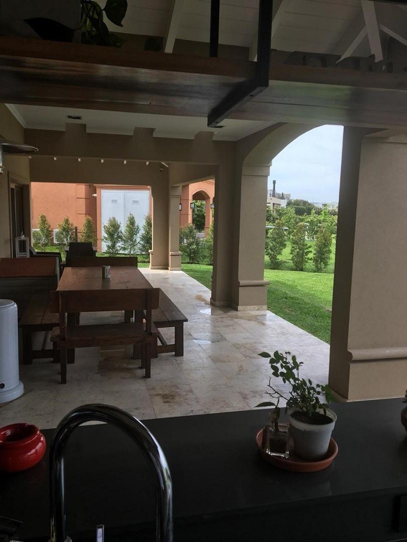 Casa en Venta de 395,0 m2