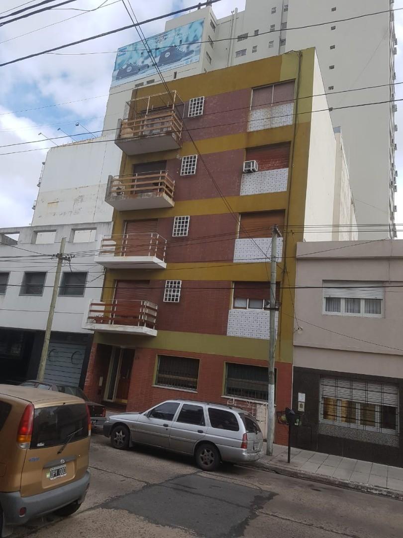 Departamento en Venta en Crucesita - 3 ambientes