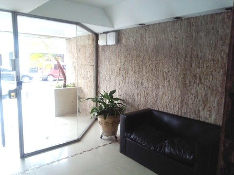 Departamento 3 ambientes al frente con balcón. - Foto 14