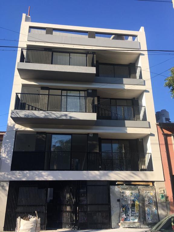 XINTEL(NIR-NIR-809) Departamento - Alquiler - Argentina, Capital Federal - CORVALAN  AL 500