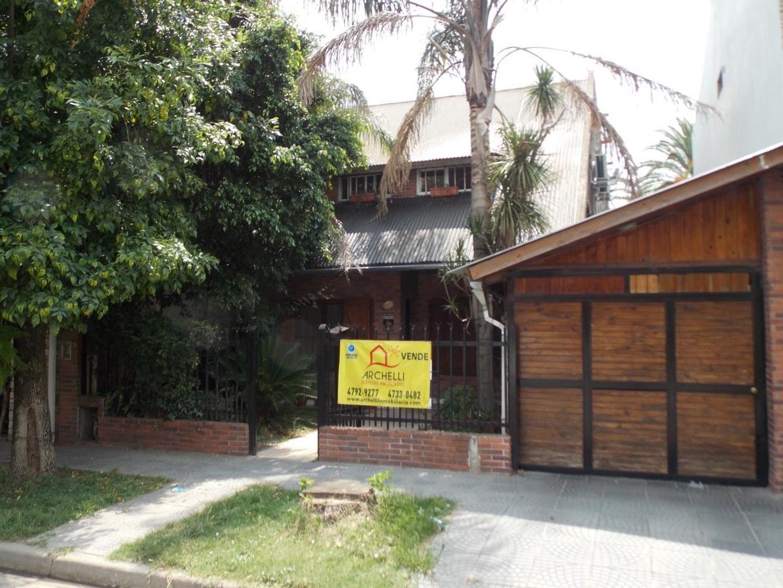 Casa en Venta en Garin-Centro - 7 ambientes