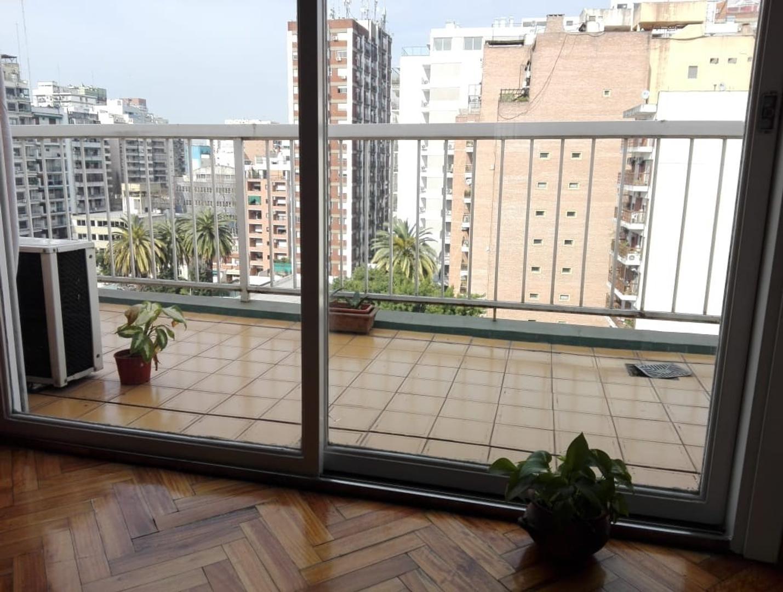 Excelente departamento 2 ambientes al frente con balcon al frente y terraza  en  impecable estado!
