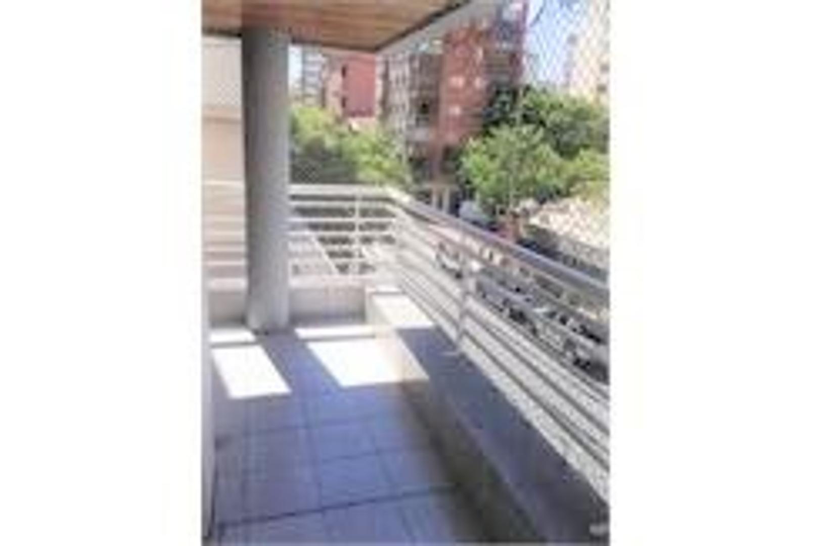 Amplio 3 ambientes (86mts) Torre categoria con cochera fija - Luminoso - Comedor diario y lavadero - Foto 15