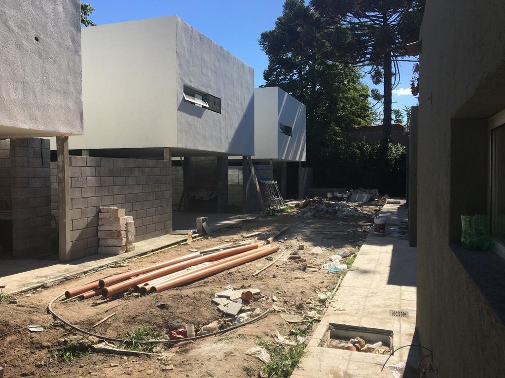 duplex 2 drios 2 cocheras y espacio pileta en Gonnet
