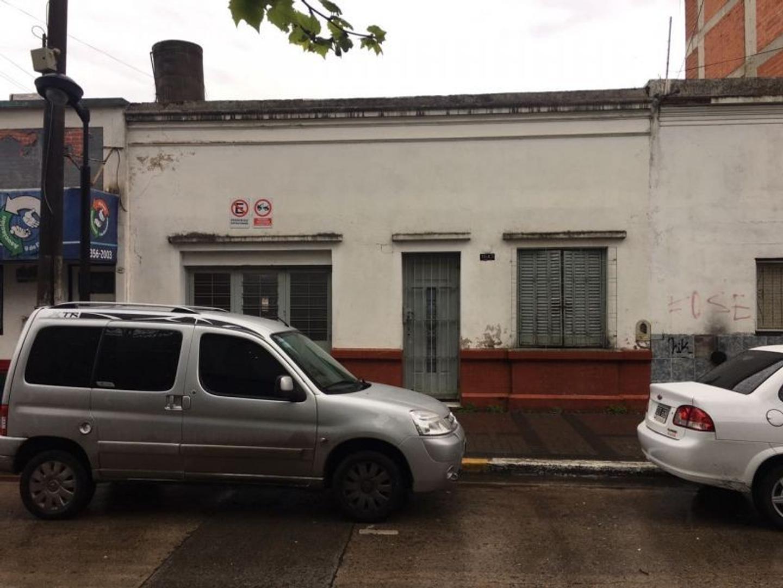 XINTEL(INB-INB-1895) Casa - Venta - Argentina, Berazategui - CALLE 148 1643