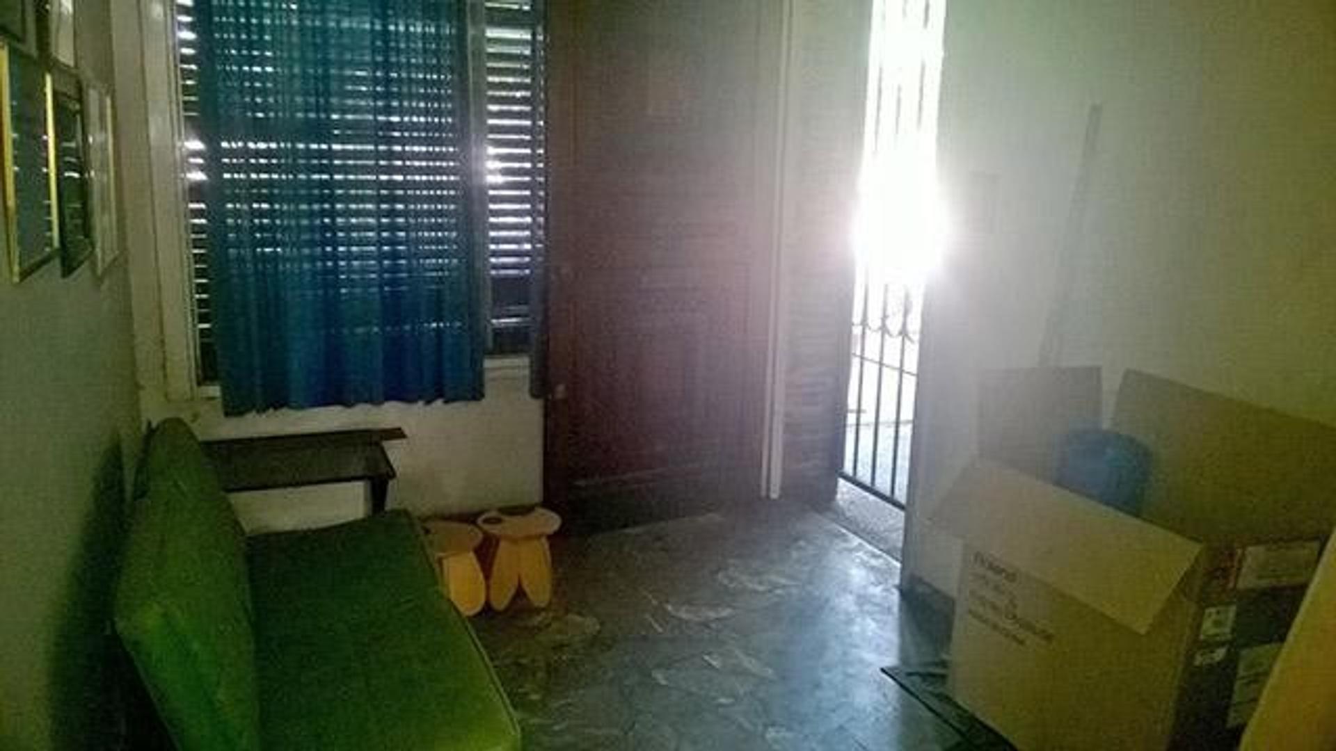 Casa en Venta en Ramos Mejia - 5 ambientes