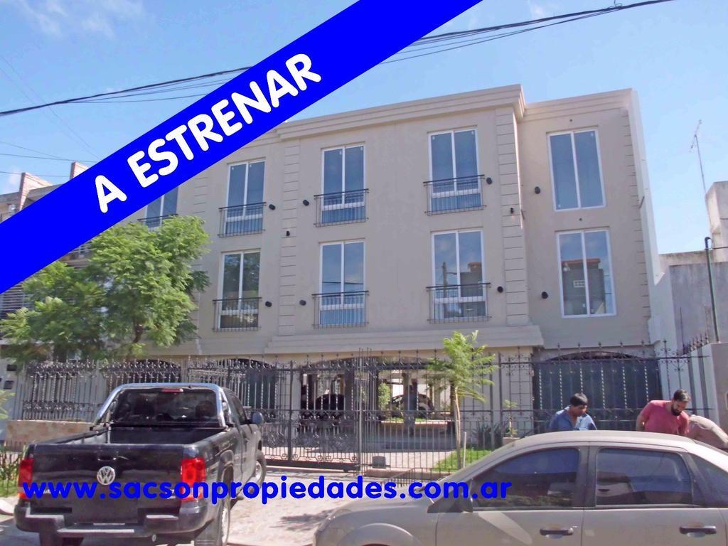 A361 Ramos Mejia departamento 2 amb. a Estrenar. Consultas: tel 4656-0788