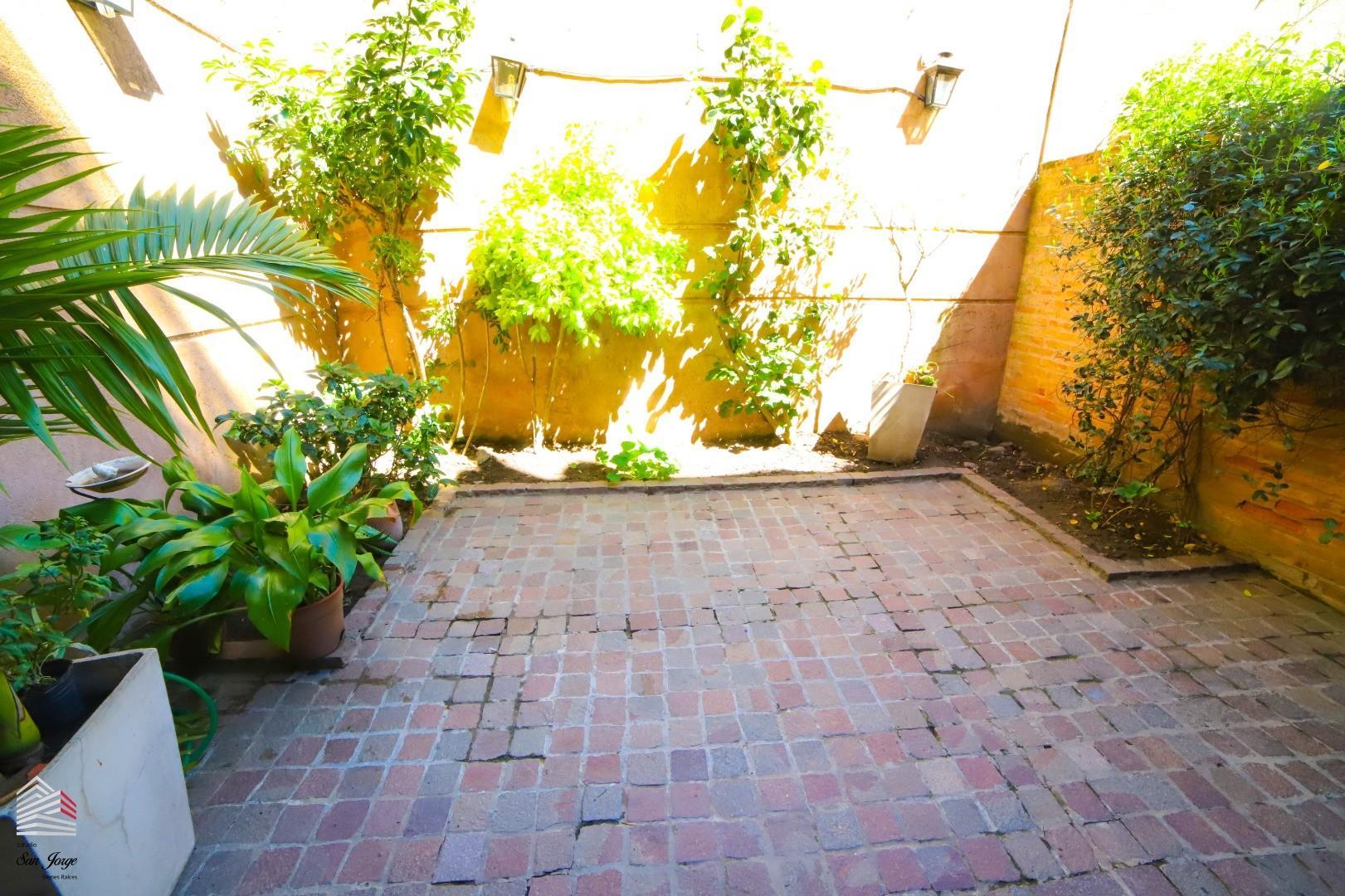 Casa en Venta en Belgrano R - 5 ambientes