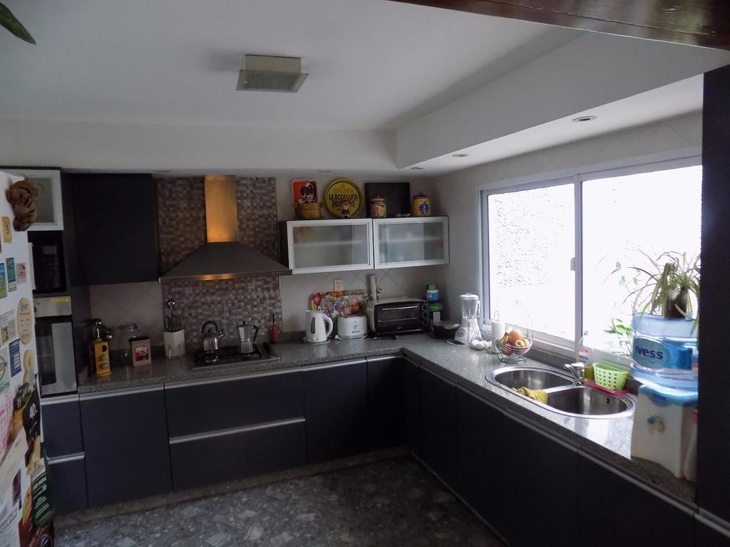 Exclusiva Casa de 2 Plantas en Caballito -  EXCELENTE ESTADO