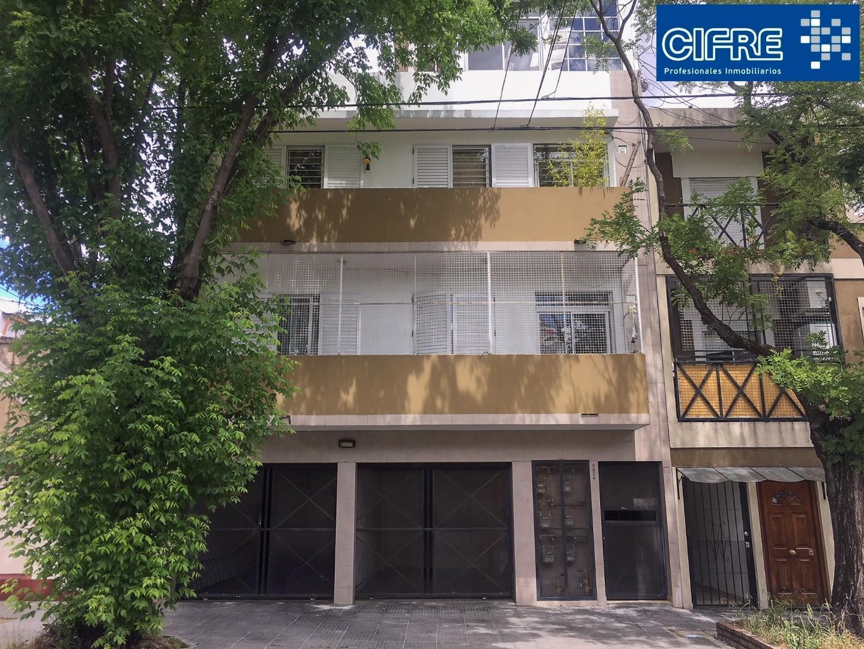 Departamento tipo ph 3 ambientes quincho parrilla terraza (2°x escalera )Sucursal Urqauiza 4521-3333