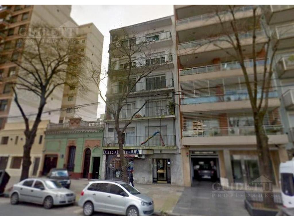 Departamentos 3 ambientes con balcón lavadero 2° por escalera  - Villa Urquiza